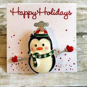 Jewelry - Penguin 🐧 Pin Brooch Christmas 🎄 Holidays